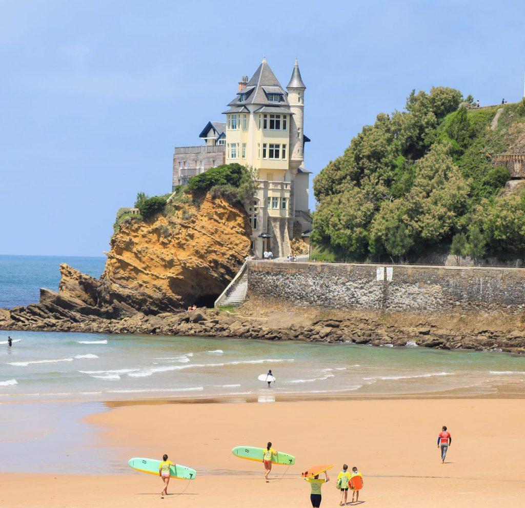 Ecole de surf Biarritz Plage de la cote des basques